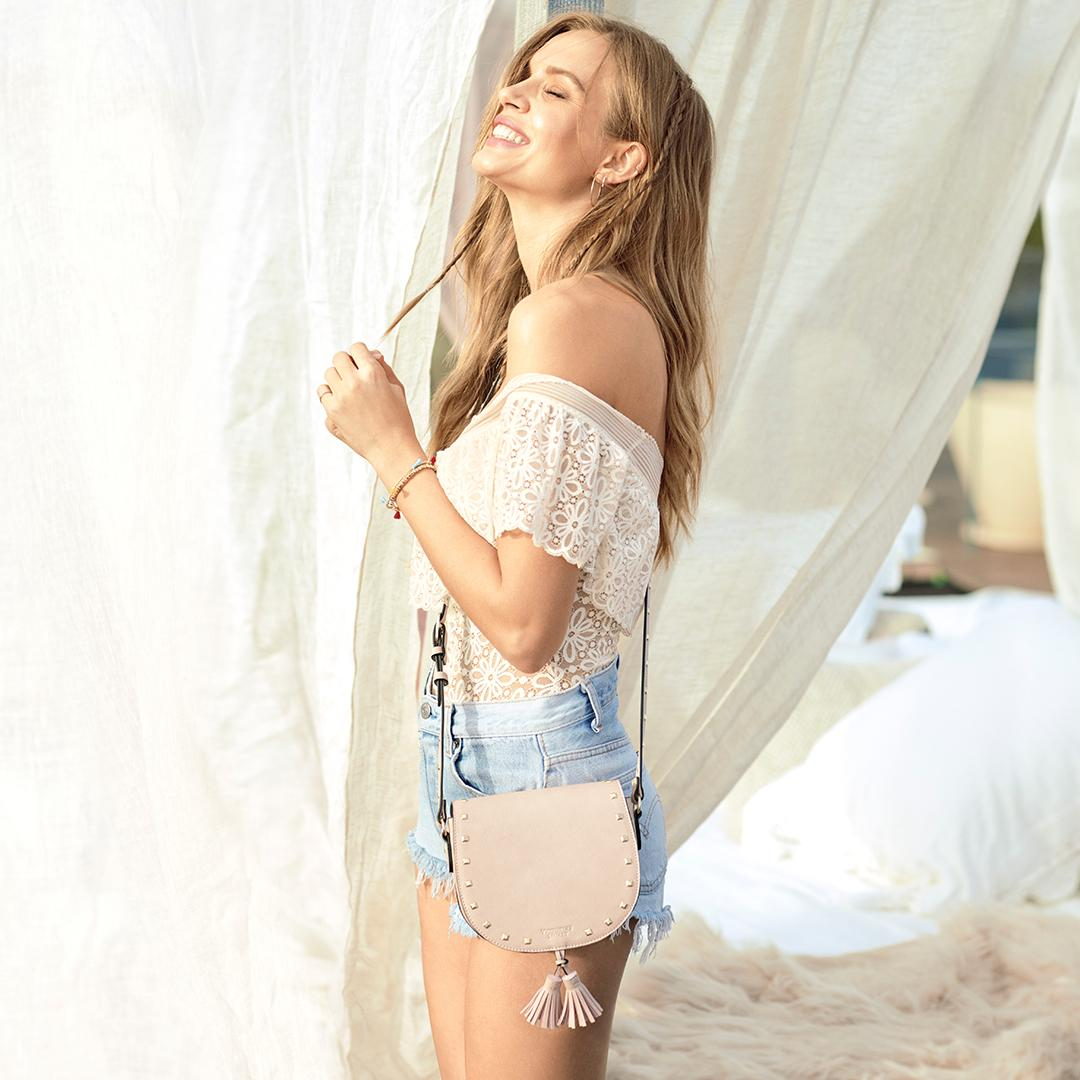 Bring the boho—FREE crossbody when you buy 2 bras! ???????????????? only. https://t.co/AKOyXFupCY https://t.co/eK9EWBqowd