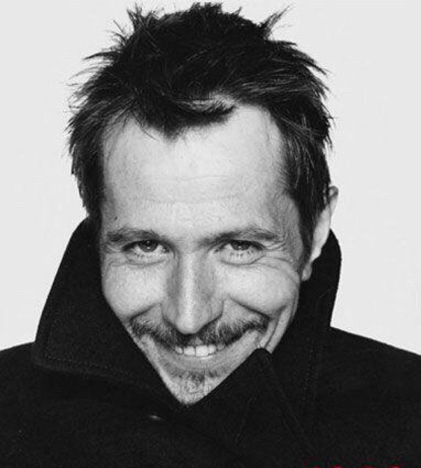 Happy Birthday Gary Oldman!!