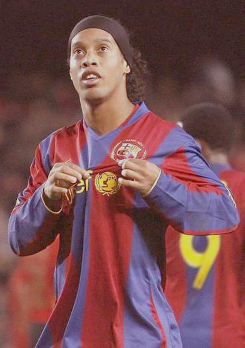 Happy birthday Ronaldinho Gaucho..All time baller