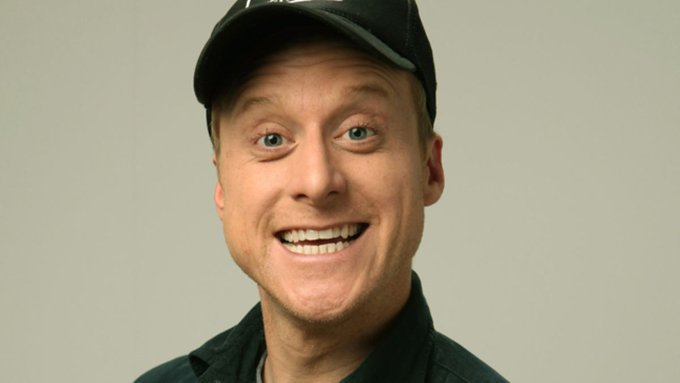 Happy Birthday Alan Tudyk (Dutch in Transformers Movie 3: Dark Of The Moon)!!!
