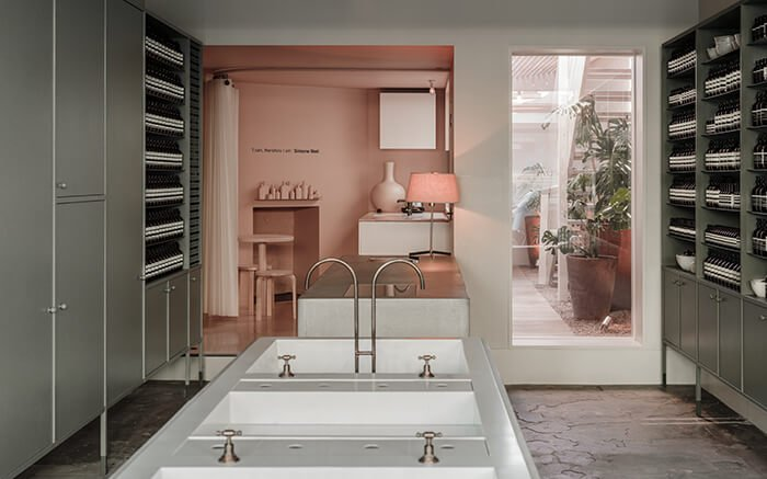 Refurbished Aesop Fitzroy is an ode to the history of Melbourne's first suburb. https://t.co/kquTkvAZyo https://t.co/wYsAC0t5dI