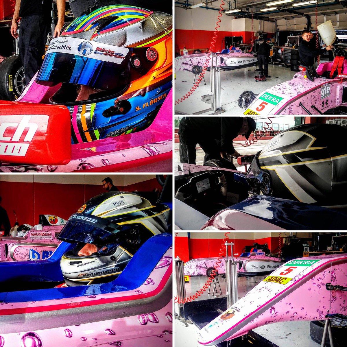 Die Pink Panthers rocken den Misano World Circuit! ✌️🏁 #MückeMotorsport #BWT #ADACFormel4 #PinkPanther https://t.co/vNUMf3s6G3