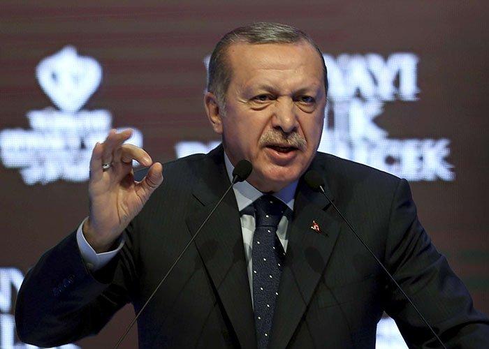 """Erdogan : """"Aucun Européen, aucun Occidental, ne pourra plus faire un pas en sécurité nulle part dans le monde"""" >> https://t.co/Q1iqhpseYh"""