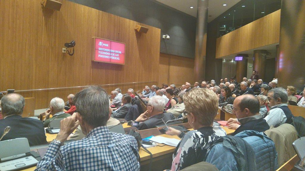 RT @USOConfe: La sala Ernest Lluch de @Congreso_Es llena para hablar sobre #pensiones públicas https://t.co/klpIrc9Cdd