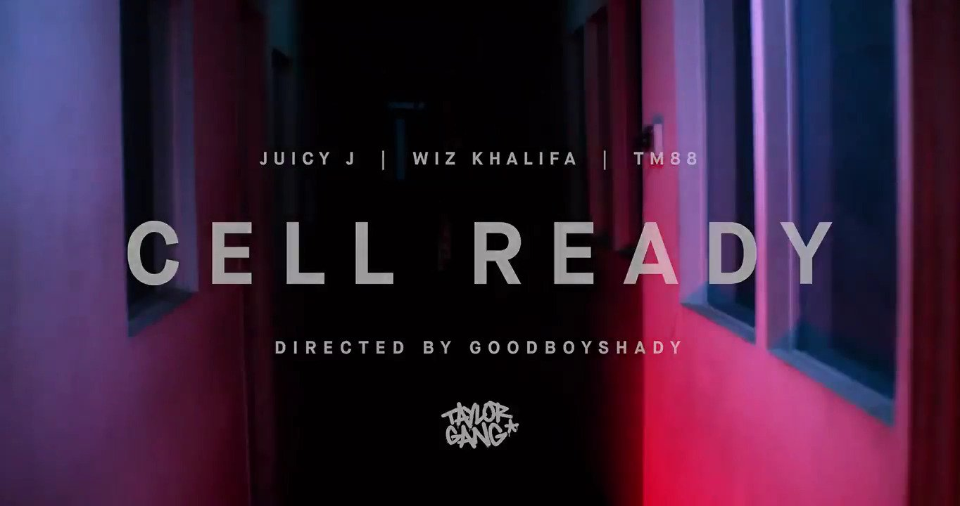 Checc out Cell Ready @worldstar now. #TGOD #TGODMafia https://t.co/gXDK3tPyBp https://t.co/wMacaTX7g3