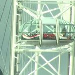Holidaymakers trapped on London Eye as tourist attraction shut down following Westminster terror attack