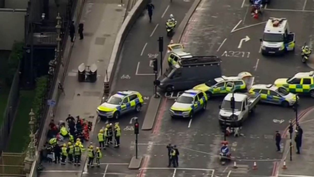 London attack mirrors recent low-tech terror strikes, which are difficult to prevent.  @RichardEngel with analysis now on @NBCNightlyNews.