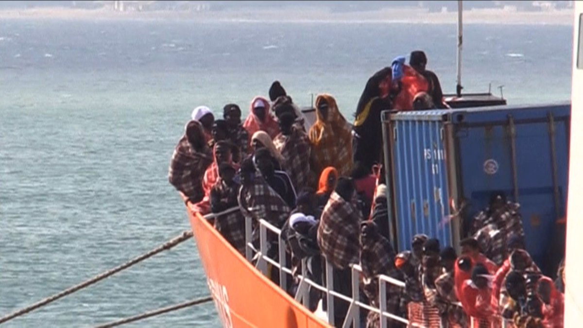 RT @democracynow: 6,000 Refugees Rescued in Mediterranean over Last Few Days https://t.co/fBmP7GwIOF https://t.co/AUJsKEcMcS