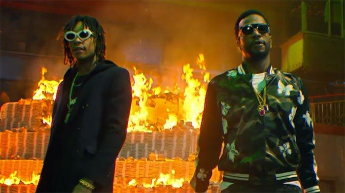 Video: Wiz Khalifa & Juicy J - 'Cell Ready' https://t.co/GeVXCFjhhK