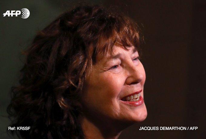 Jane Birkin sublime la symphonie Gainsbourg https://t.co/LP8rXKG3Wx par @dcklrnt #AFP