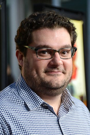 Bobby Moynihan to voice title character in Syfy drama 'Happy!'