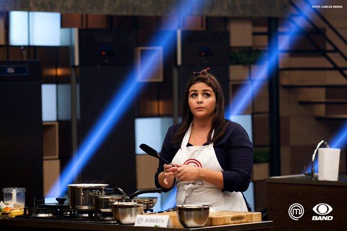 Com toda essa história de vida, a Roberta já é uma vitoriosa. Um prazer recebê-la na nossa cozinha! https://t.co/yLx9eWLvzf #MasterChefBR