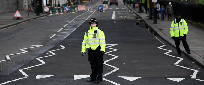 NEW: 5 people dead in London attack, including alleged assailant, after 75-year-old man is taken off life support. https://t.co/BDdASdE6L9