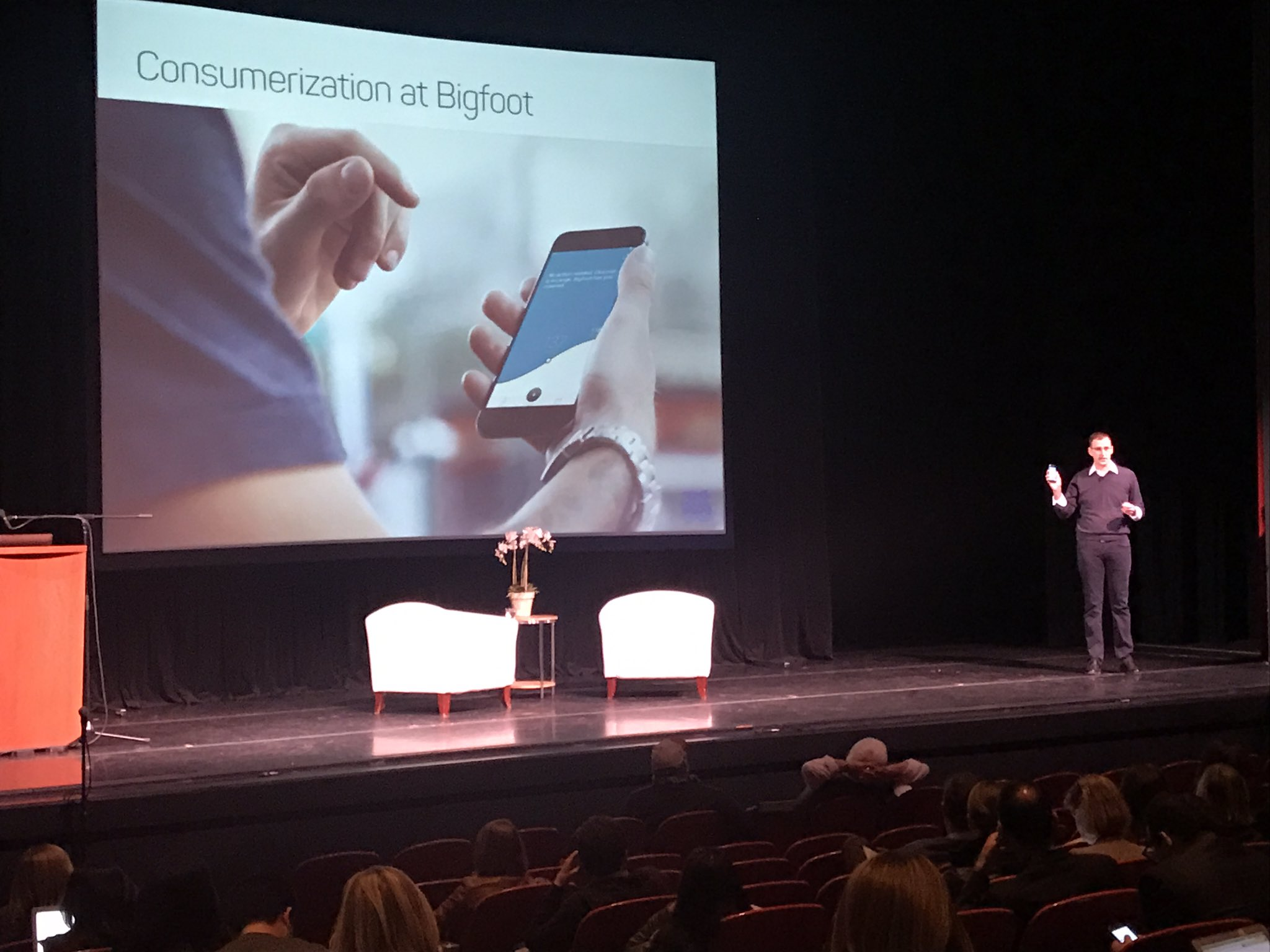 Game changer: Consumer focused Class III med device & service for diabetes. Brave work by Jeff Brewer & @BigfootBiomed #vatorsplashhealth https://t.co/afFk3A0GfH