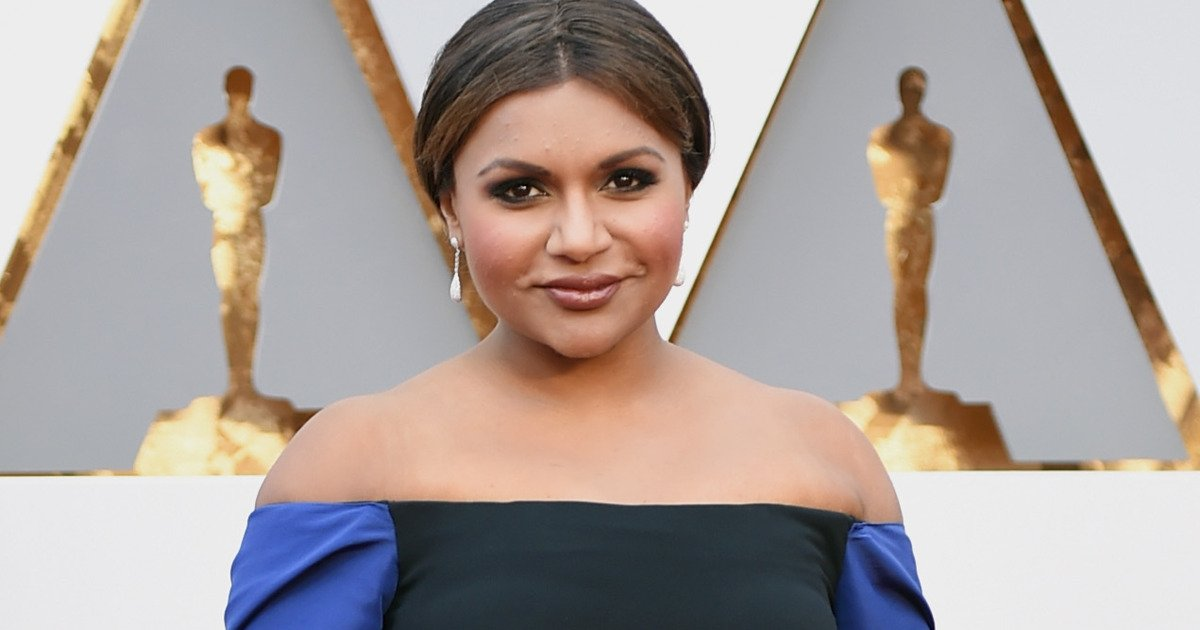 Did Senator Cory Booker and Mindy Kaling Just Set Up a Real Life Date Over Twitter? https://t.co/KU7aKvF3R6 https://t.co/9uUo7Re7Ed