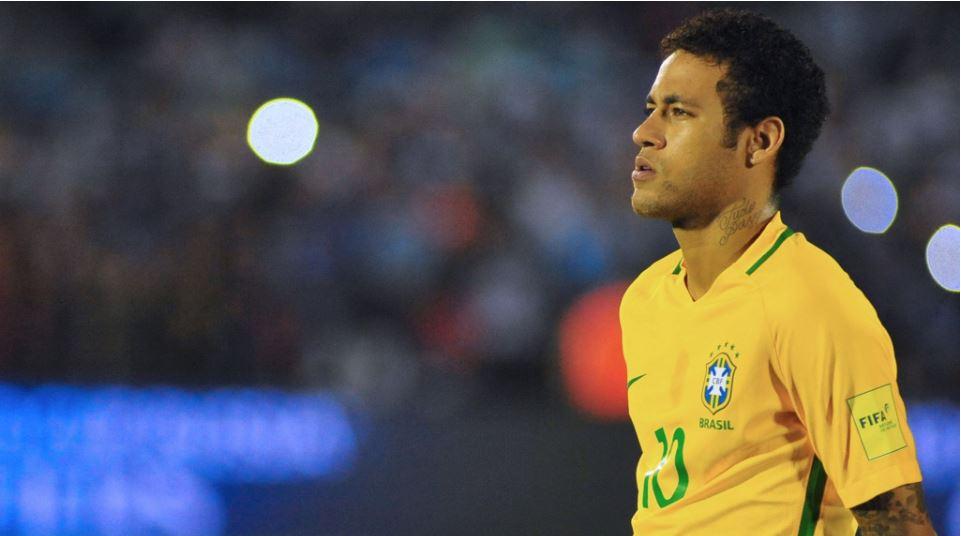 🏆#Messi donne de l'air à l'Argentine contre le Chili (1-0). Neymar signe un bijou face à l'Uruguay (1-4) https://t.co/eAk32HFqhy #WCQ