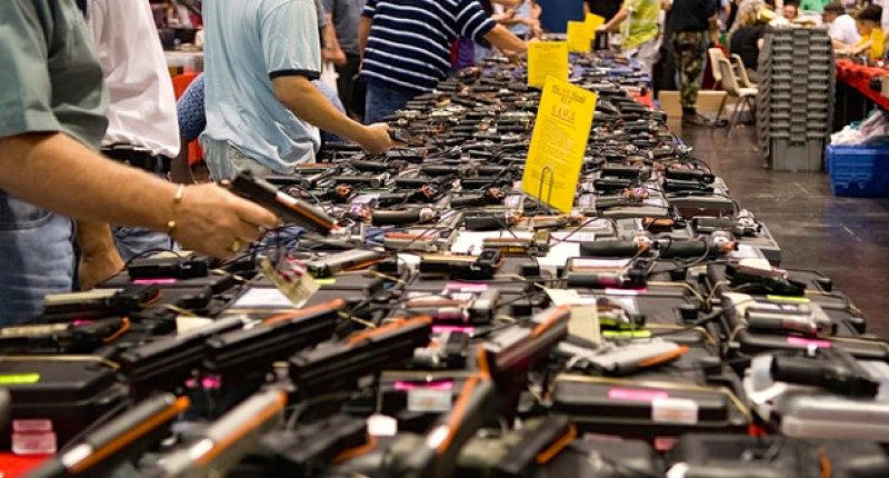 Gun sales drop after NRA conspiracy theories about Barack Obama come to a close https://t.co/Dl8kjCSW9o
