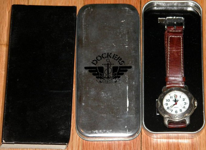 #free #fashion #watches #win #giveaway #np DOCKERS WATCH WRISTWATCH #rt