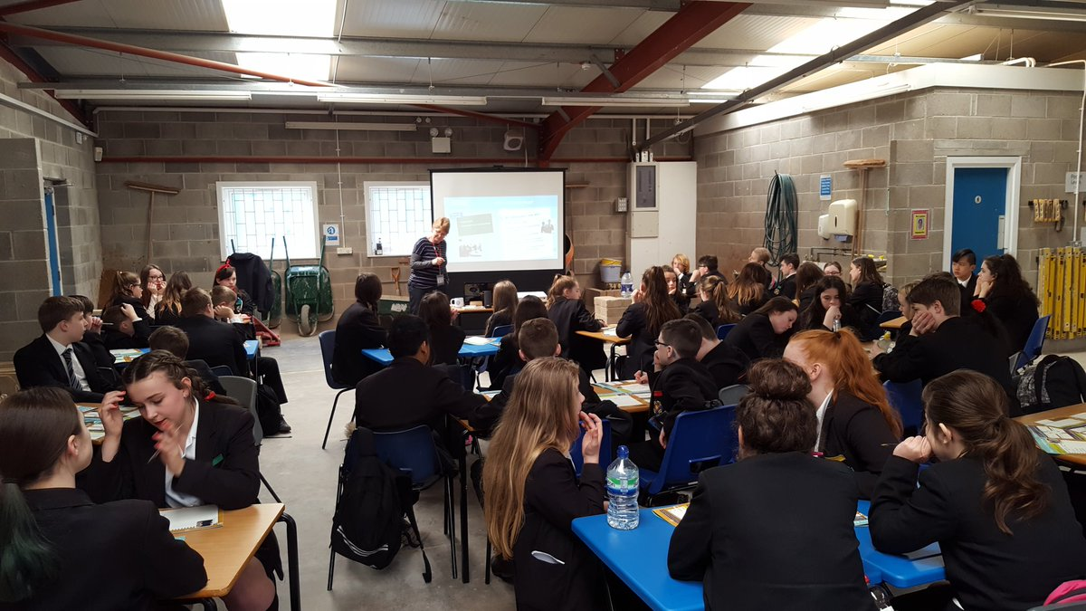 test Twitter Media - Year 8 Tomorrow's Engineers workshop underway. #scienceatcastlebrook https://t.co/sBguJgYLWz