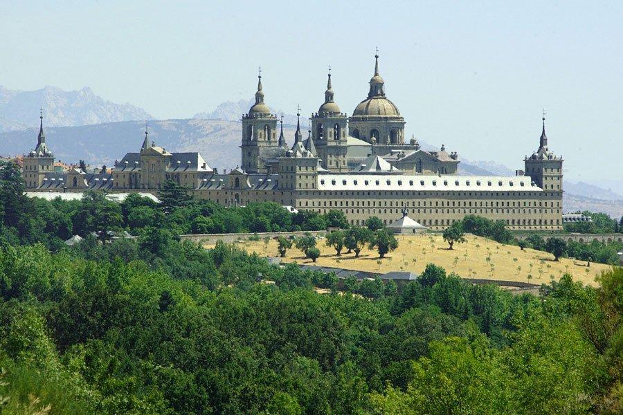 ¿Conoces el legado que Felipe II dejó en San Lorenzo de El Escorial? https://t.co/zAvufqBIto