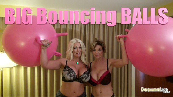 "I have just released a new vid @clipteez: ""Big Bouncing Balls"" https://t.co/8h7hHqx8wO https://t.co/"