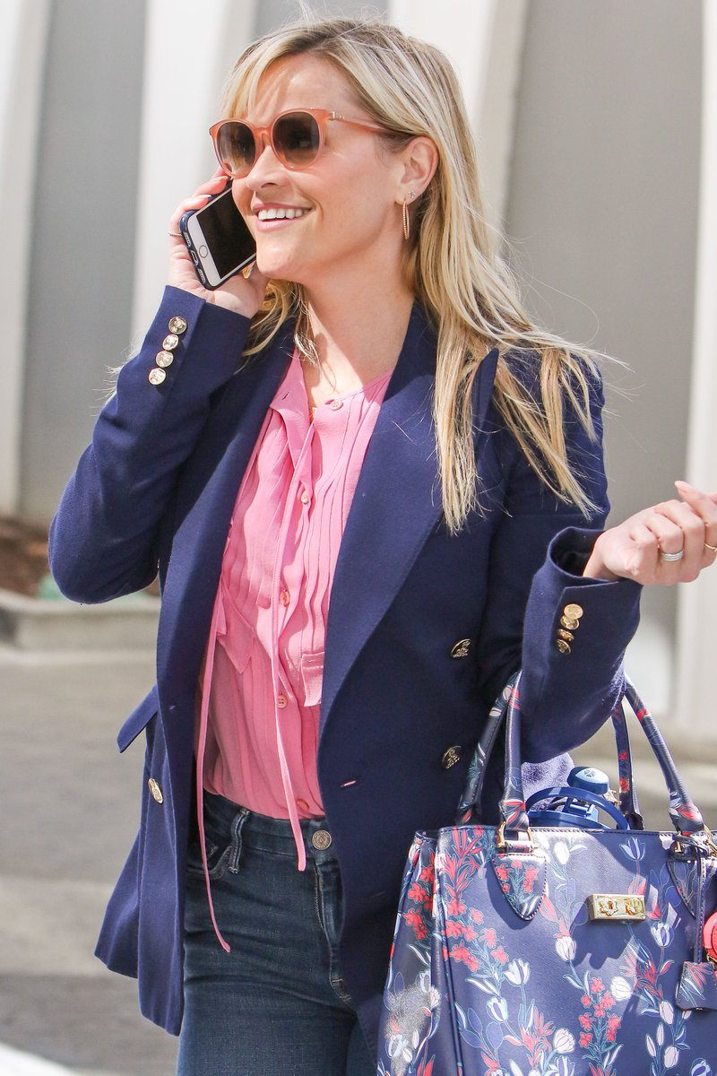 .@RWitherspoon wears a navy Ralph Lauren Collection blazer while out and about in Los Angeles. #RLIconicStyle https://t.co/wNoDjDSo2B
