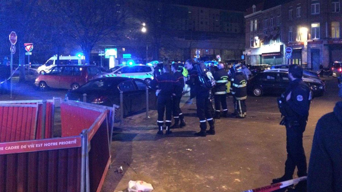 #Lille : des coups de feu tirés près du métro porte d'Arras ce vendredi soir, plusieurs blessés https://t.co/GD3ROILUYq