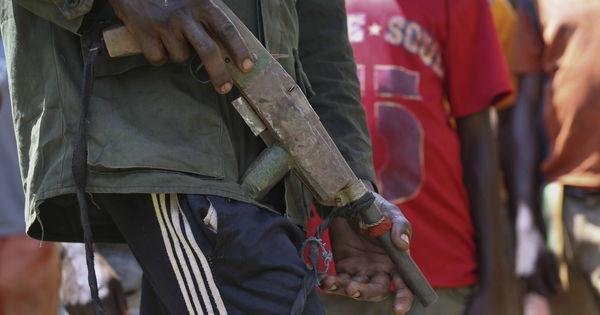 Au moins 50 personnes tuées par des bandes armées en Centrafrique https://t.co/BDyP5H4gEq