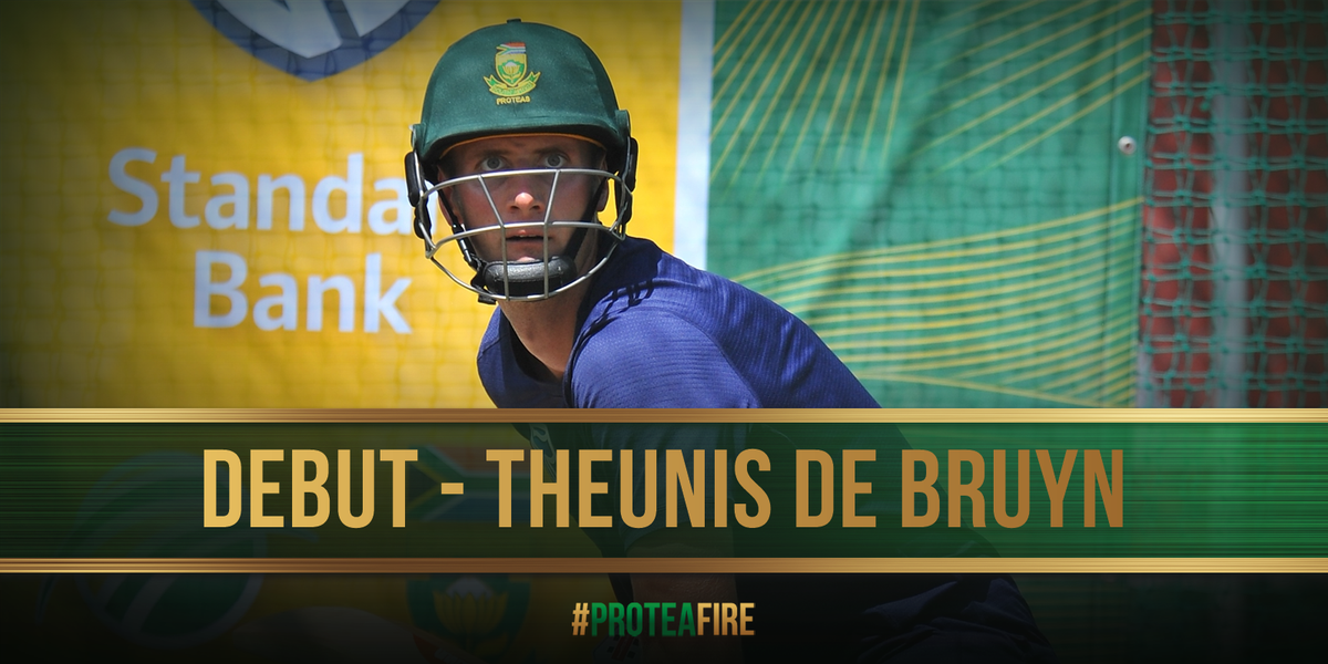So the big news is the debut of @Theunis88. He is in the team for @stephen_cook91 in the only change for SA #NZvSA