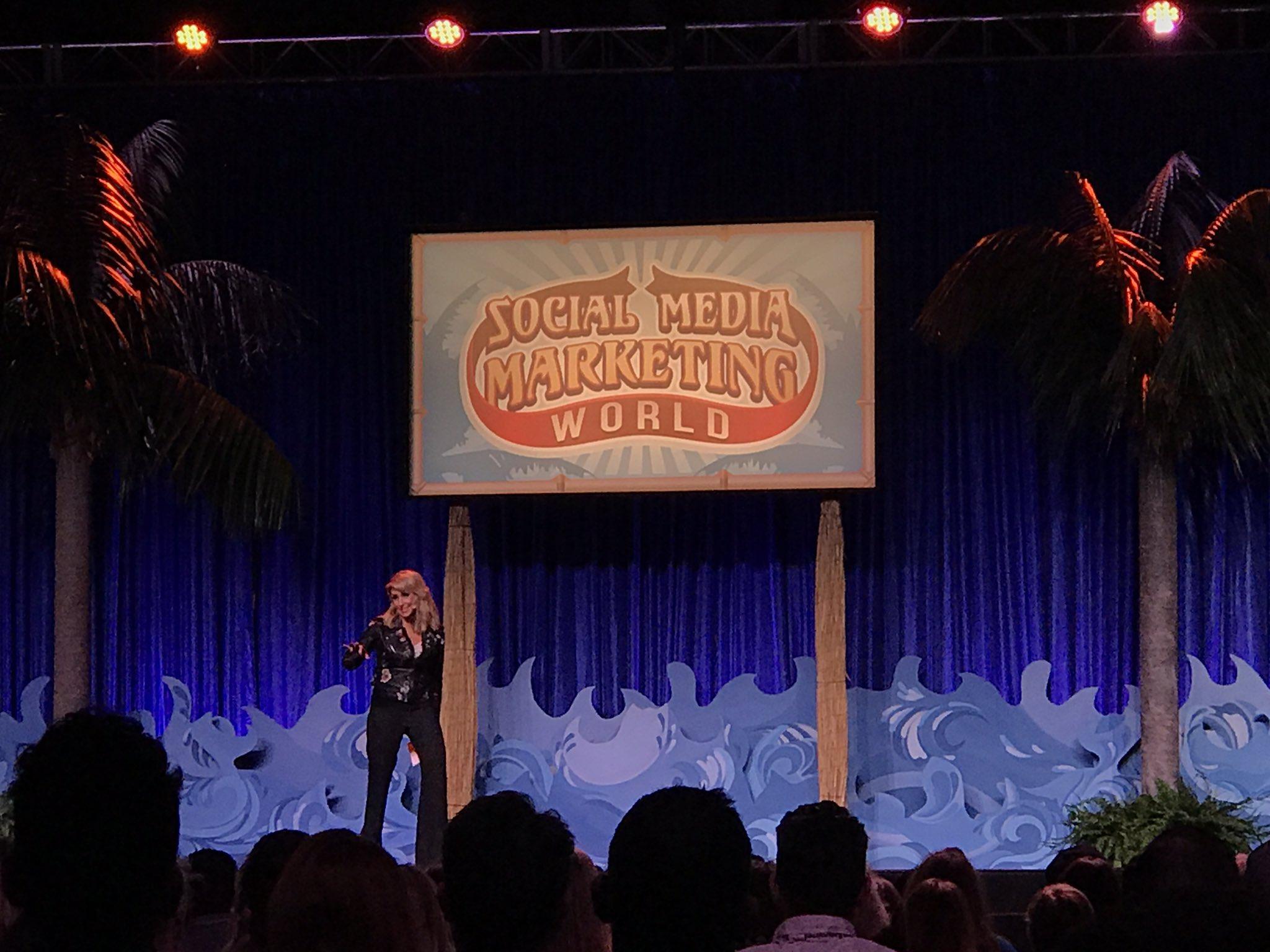 @ChaleneJohnson discussing infomercial strategy & live video #SMMW17 #beachbody #fitness #SocialMedia #marketing https://t.co/b4MdANz3ot