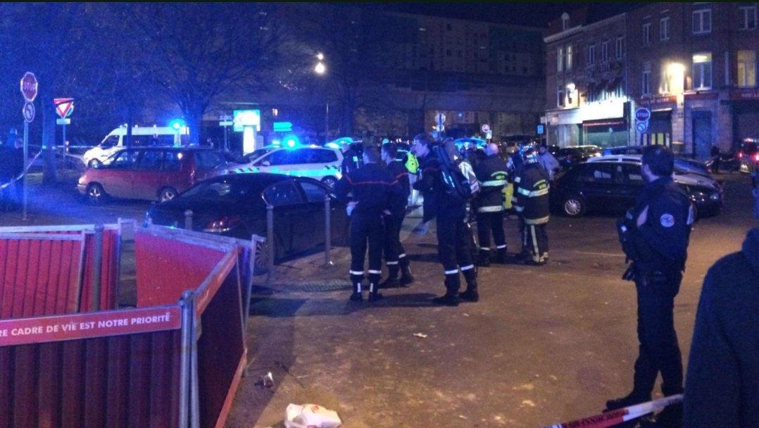 #Lille : trois #blessés par balle dans une #fusillade, la piste du règlement de compte privilégiée https://t.co/1YWcSs192c