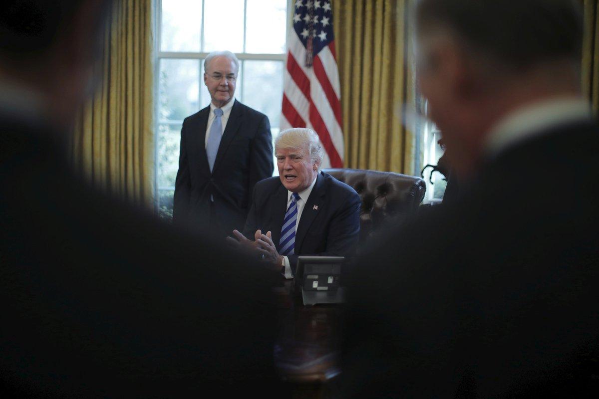 #Trump «déçu» et «un peu surpris» de l'échec de la loi sur la santé https://t.co/0yGJy2CWev