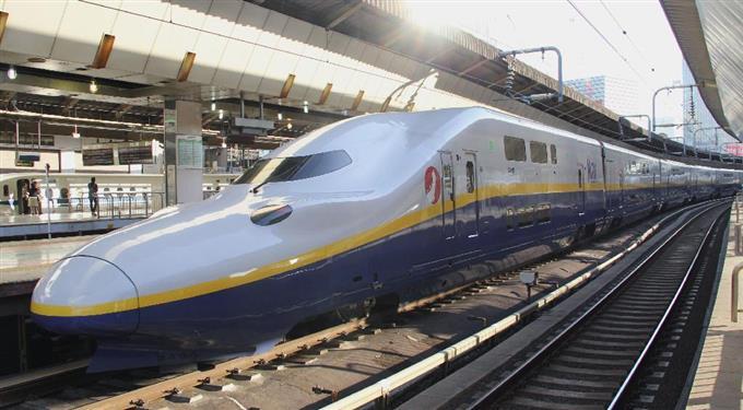 「2階建て新幹線」全廃へ 唯一の2階建て上越新幹線の「E4系」は2階のない最新型「E7系」に置き換え https://t.co/CZxZYPx2nk