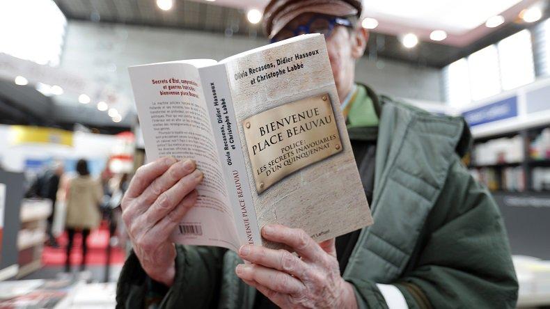 «Bienvenue #PlaceBeauvau » : le #livre sur les secrets de la police sous #Hollande en rupture de stocks https://t.co/aBQGPwzMJz