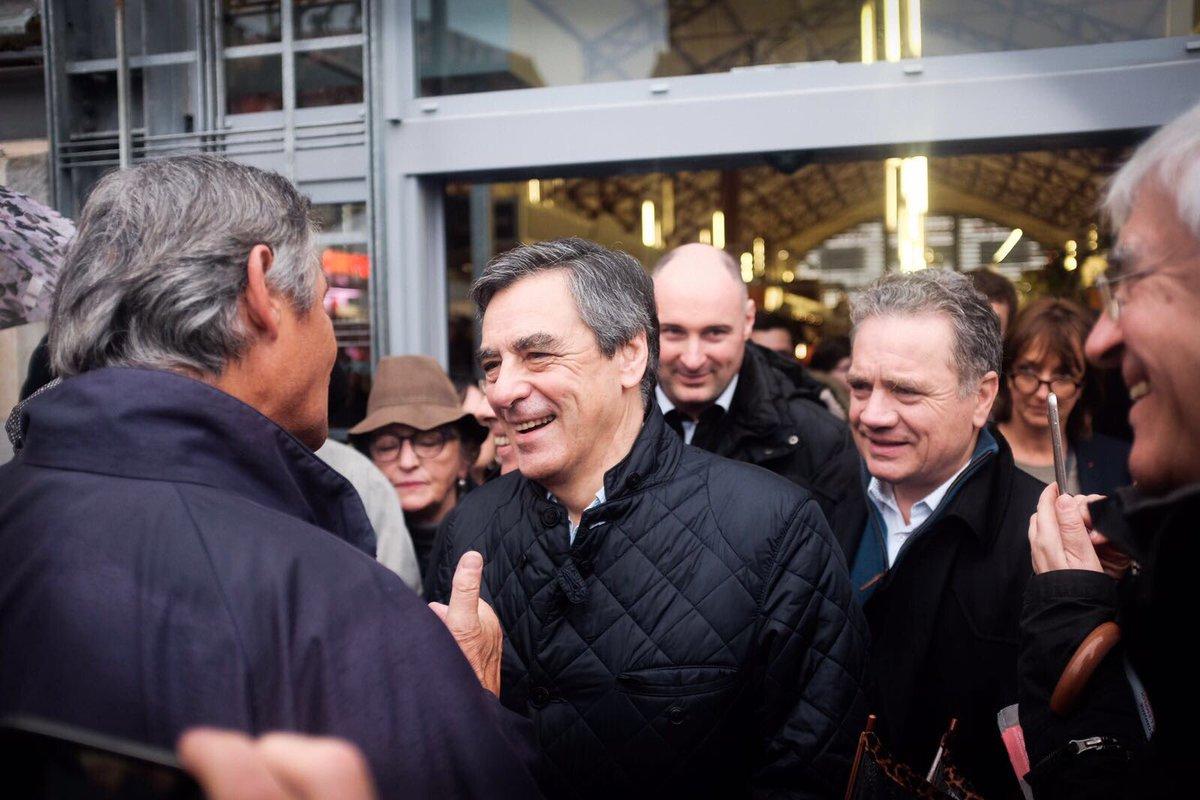 Merci aux basques pour leur accueil toujours aussi chaleureux ce matin sur le marché de #Biarritz !