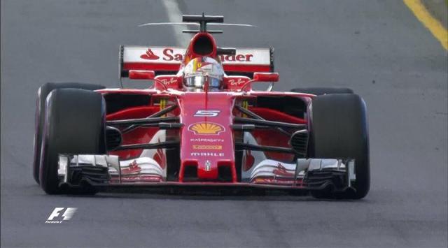 FP3 F1 GP Australia: Vettel Pecahkan Rekor Lap Albert Park https://t.co/yT5zscpvXk https://t.co/WjXaHyrlHd