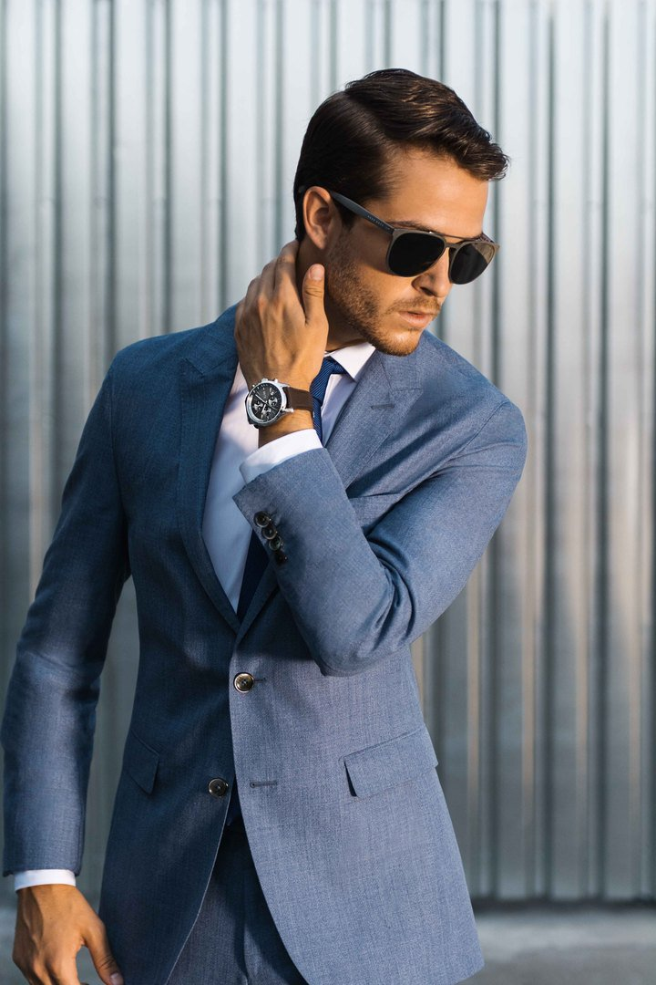 For work or the weekend; @IamGalla wears the new Grand Prix stainless steel chronograph #ThisIsBOSS #BOSSwatches https://t.co/R3SRB58tew