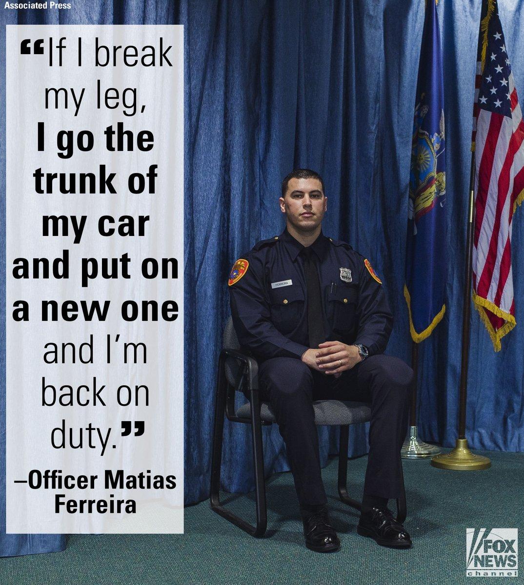 Marine veteran who lost both legs in Afghanistan sworn in as NY police officer https://t.co/EJbTRf91u3