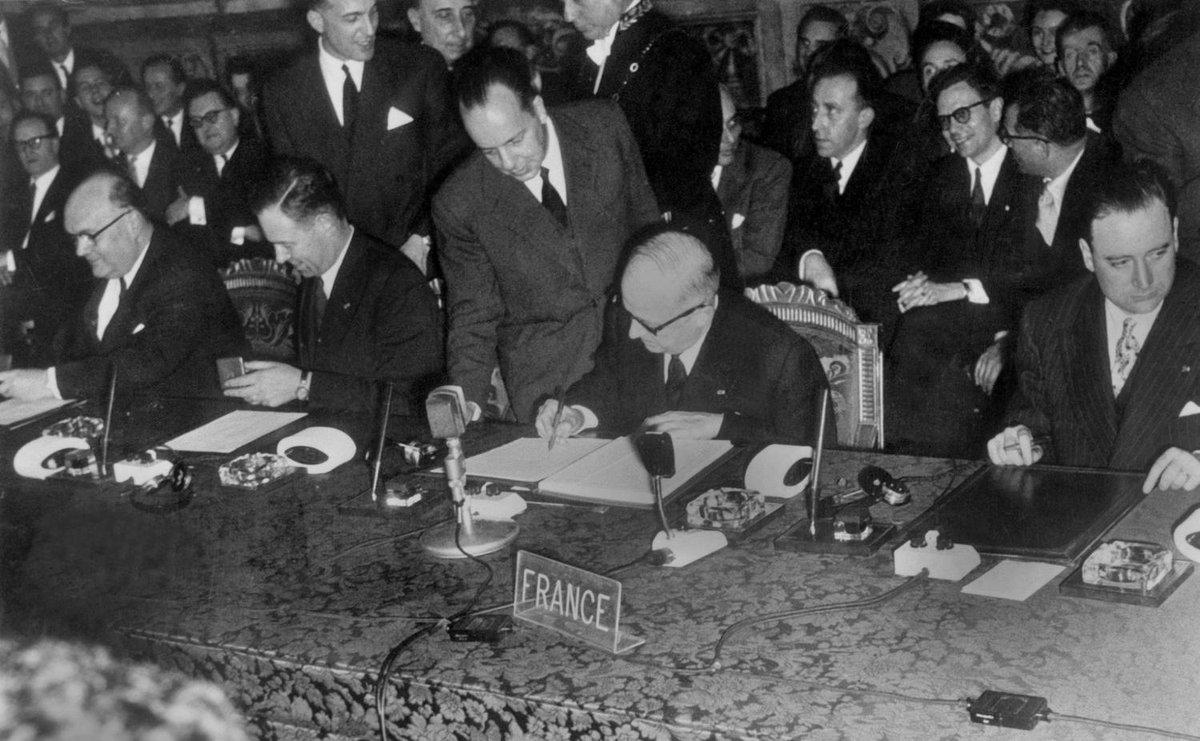 #TraitédeRome 🇪🇺 : il y a 60 ans, les six signataires heureux mais circonspects #EU60 ➡️ https://t.co/hBuIXhuRK3