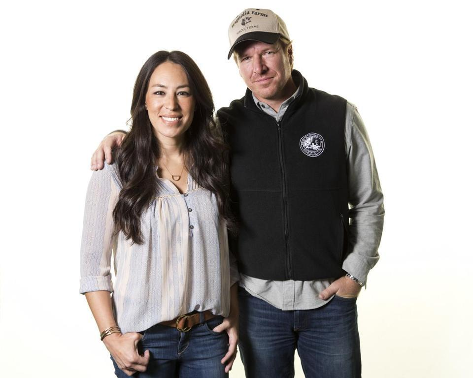 Get ready to see more from 'Fixer Upper''s Chip and Joanna Gaines https://t.co/j1IbCR6atz