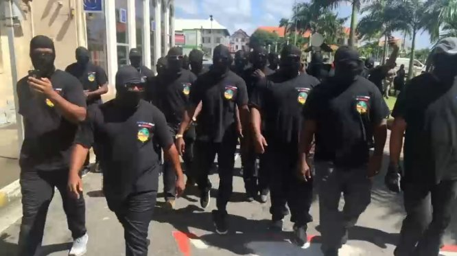 Vote de la grève générale en Guyane : quelles sont les raisons de la colère ? https://t.co/rMzyCOUhme