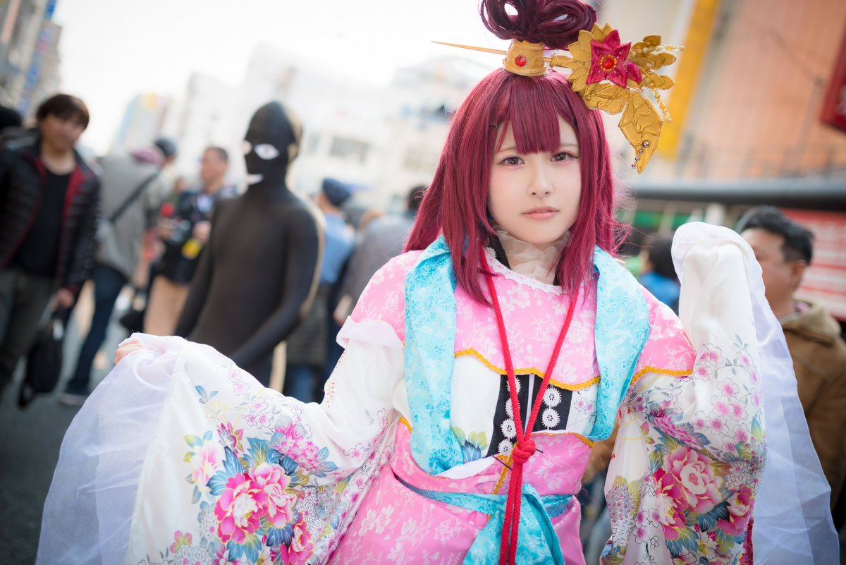 日本橋ストリートフェスタ2017やよっちゃん  マギ 練紅玉やっぱやよっちゃんは笑顔がイイネ!うさちゃん、れなちゃんもあ