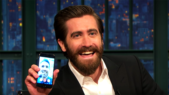 Jake Gyllenhaal FaceTimes Ryan Reynolds on prove they're actually friends (Watch)