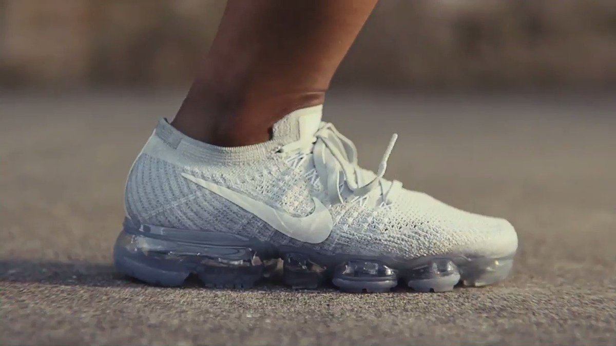 Evolution to Revolution. The pinnacle of Air lands today. Meet the @Nike Air #VaporMax. #KissMyAirs https://t.co/MKv6d8aEwg