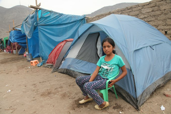 #Peru: Over 250K children affected by floods & landslides. Many have lost their homes & are living in tents. @UNICEFperu