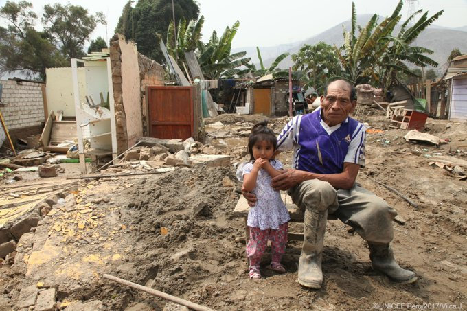 Drinking water, shelter & prevention against diseases are the most urgent needs of 250K+ children affected by floods in  #Peru@UNICEFperu