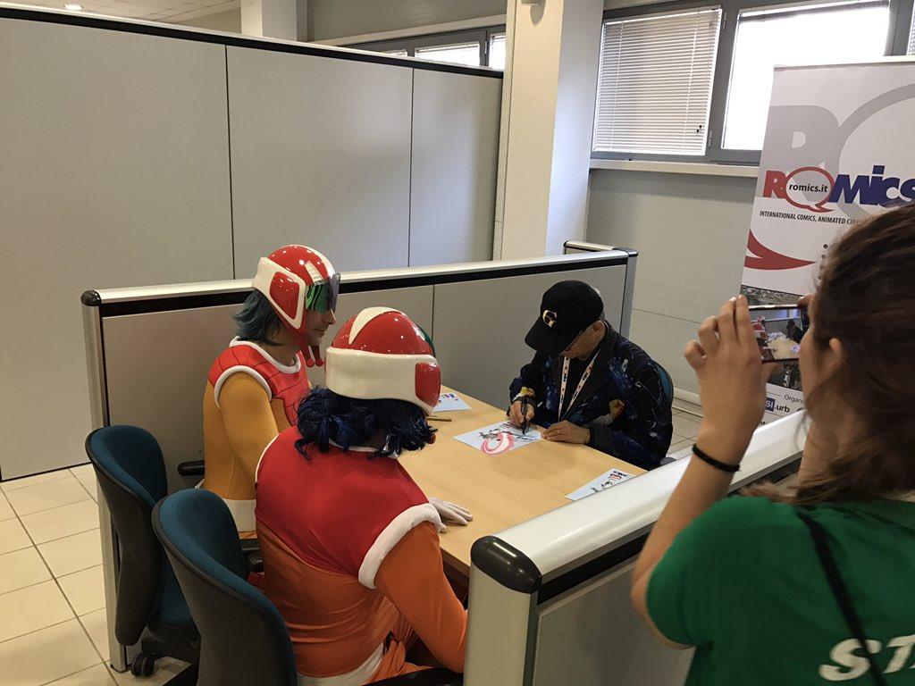 Retweeted Gのレコンギスタ ():Gレコ新企画着々と準備中です。富野監督は現在イタリアローマでサイン会中です。