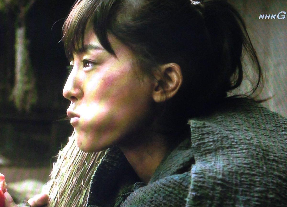 チャグムといる時は素だから「ウマい」。カシャル頭領のおもてなしご飯は「美味しい」の言葉の違い。最強女性でもただ乱暴なんじ