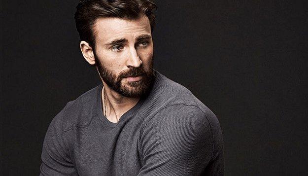 Captain America star Chris Evans keen to star in amusical https://t.co/Kb0HZbmQaL