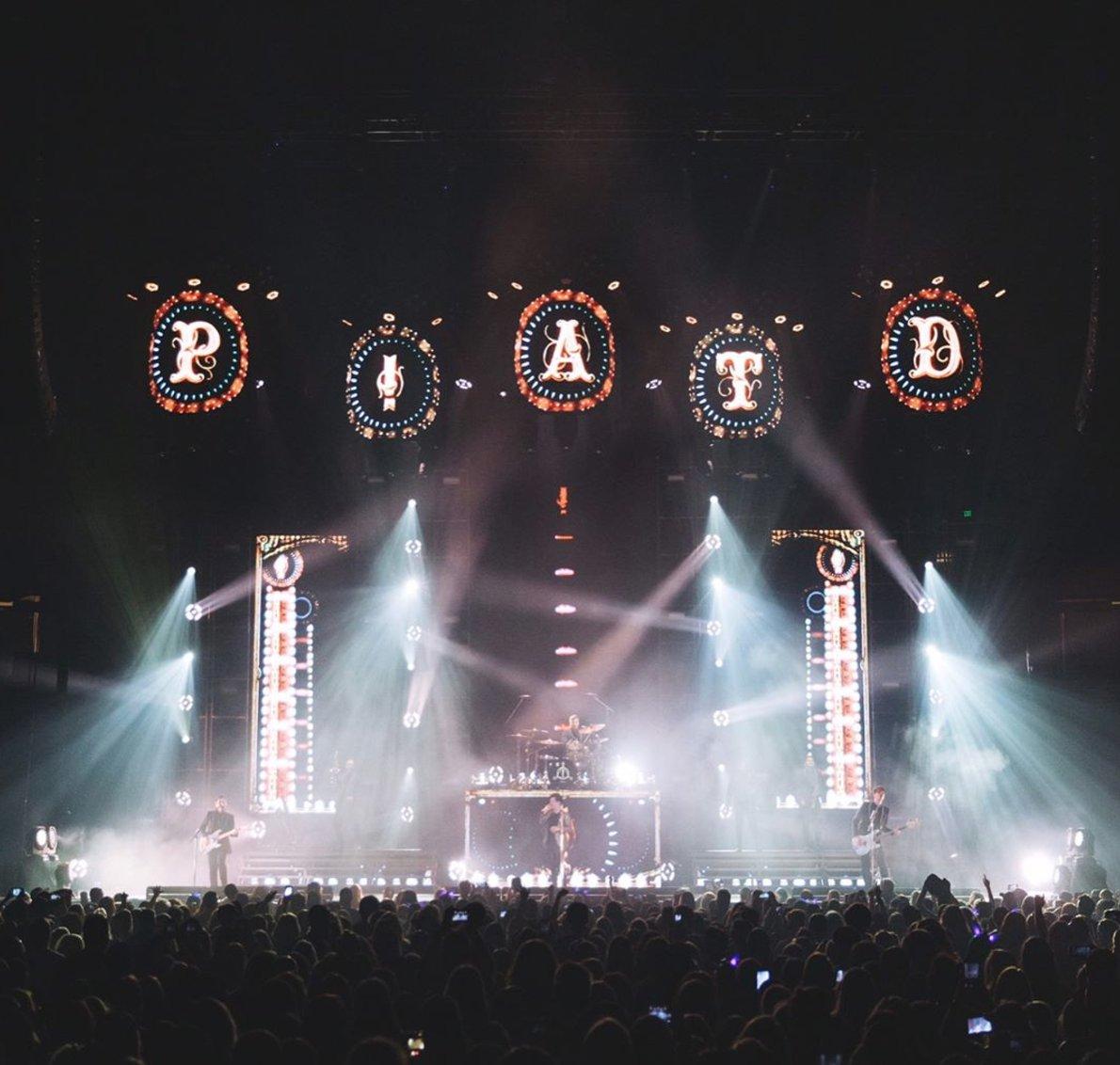 Birmingham AL. ��- @jakechams #deathofabachelortour https://t.co/fQ53bnM2uW
